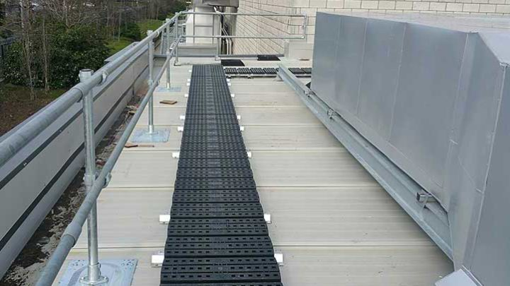 Kee Walk roof walkway with edge protection